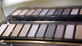 Trying Out the New Urban Decay Naked Smoky Eye Palette