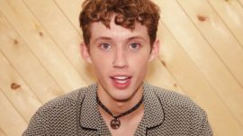Watch Troye Sivan Read Wisdom About Coming Out From Girls