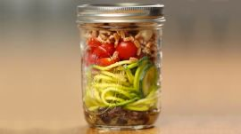 How To Make 3 Healthy Mason Jar Salads For Weight Loss