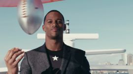 Let Victor Cruz Show You How to Nail the Weekend Suit (From A Yacht)