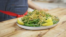 You Only Need 3 Ingredients to Make This Thanksgiving Green Beans Side