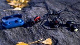 Fitness earbud comparison: four brands reviewed   Ars Technica