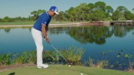 Rickie Fowler Teaches You How To Skip A Ball On Water