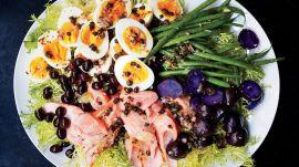 The Ultimate Salmon Niçoise Salad Recipe