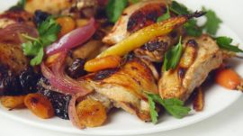 Honey Roasted Chicken with Carrots