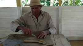 How to Roll a Cuban Cigar
