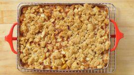 How to Make Peach Crisp