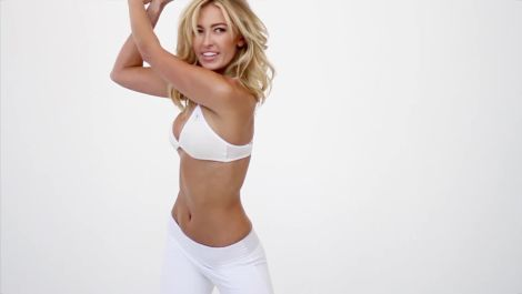 Behind The Scenes with Paulina Gretzky