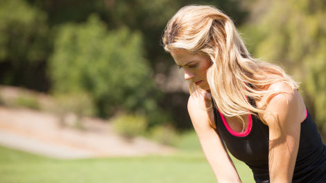 Anna Rawson Shows You How to Hit a Checked Wedge Shot