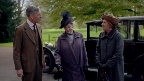 Exclusive: How Downton Abbey's Fashions Changed as the Show Entered the 1920s