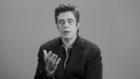 Benicio Del Toro Is All About Classic Love Scenes