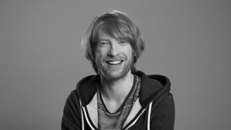 Domhnall Gleeson Directed His Brother In a Sex Scene