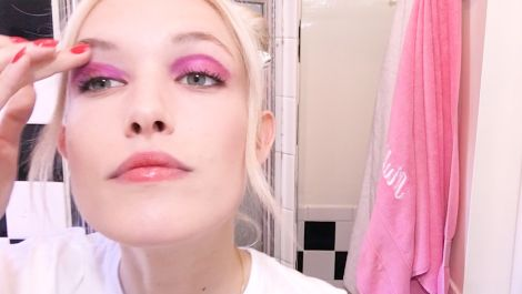 The Perfect After-Dark Beauty Look With It-Girl Carlotta Kohl