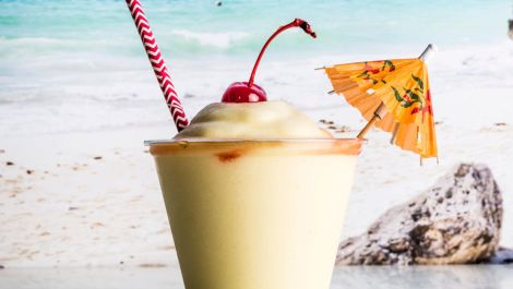 How to Make the Best Piña Colada