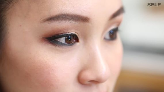 How To Do A Metallic Smoky Eye