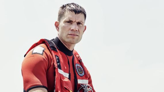The Super Storm and the Rescue Swimmer Who Jumped Into It