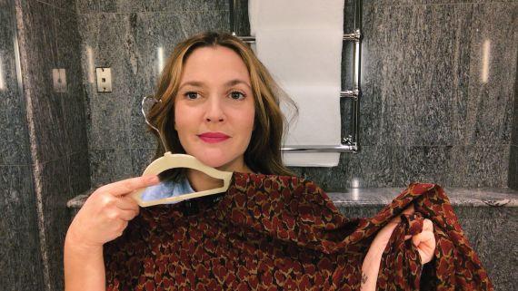 Drew Barrymore's Genius Guide to On-the-Go Beauty | Beauty Secrets