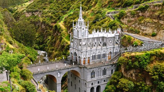 The 21 Most Beautiful Churches, Mosques and Temples Around the World