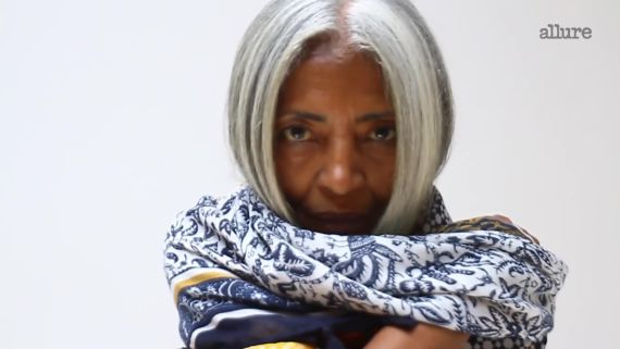 How This 64-Year-Old Woman Learned to Love Her Gray Hair