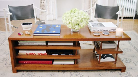 4 Ways to Style a Coffee Table