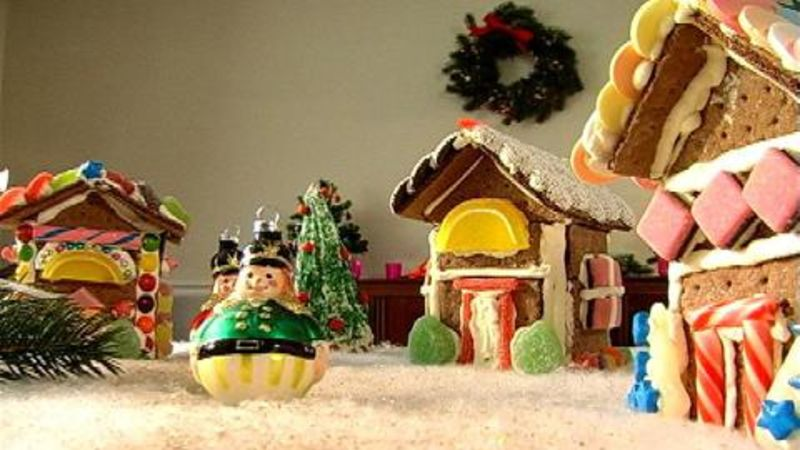 watch holidays with master chefs gingerbread house to make with kids for christmas epicurious video cne
