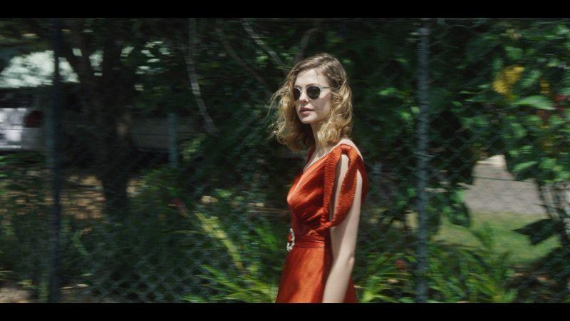vogue_hannah-cohen-music-video-fake-it.jpg