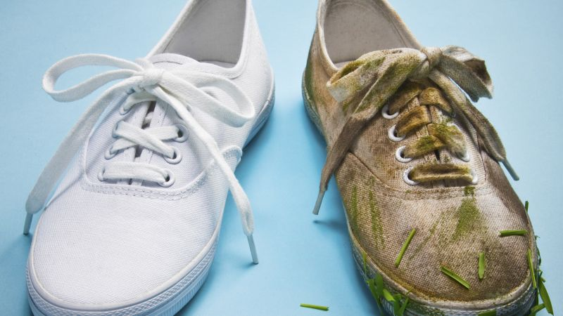 Watch how to clean white sneakers with jim moore gq video cne - How to clean shoes ...