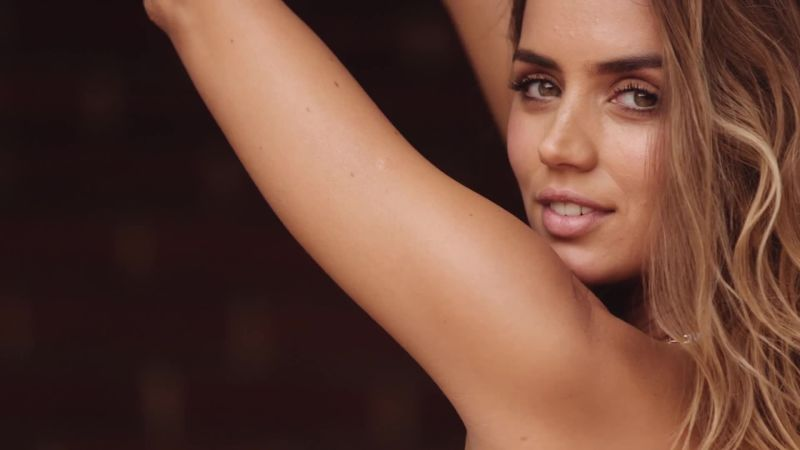 ana de armas workout