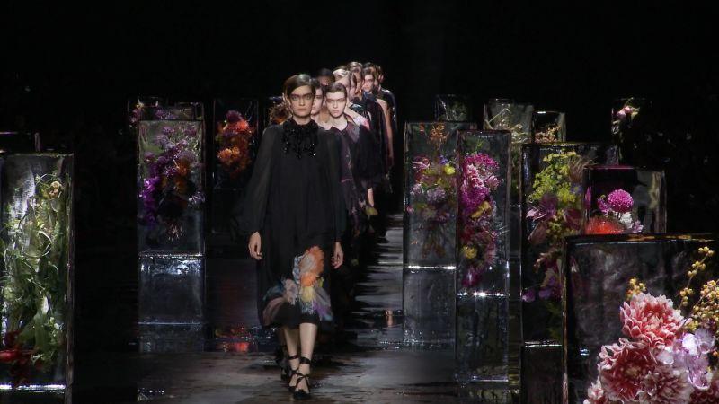 Watch Vogue Fashion Week   Dries Van Noten   Spring 2017 Ready-to-Wear    Vogue Video   CNE   Vogue.com