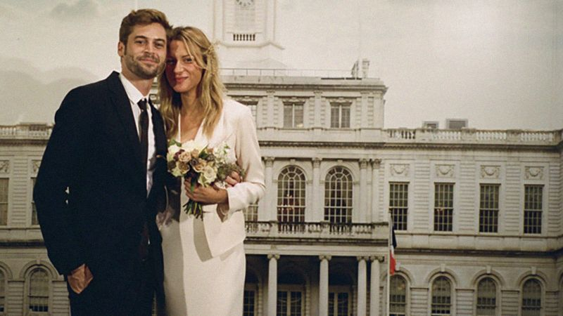watch this new york city wedding at city hall was planned in 48 hours vogue video cne voguecom