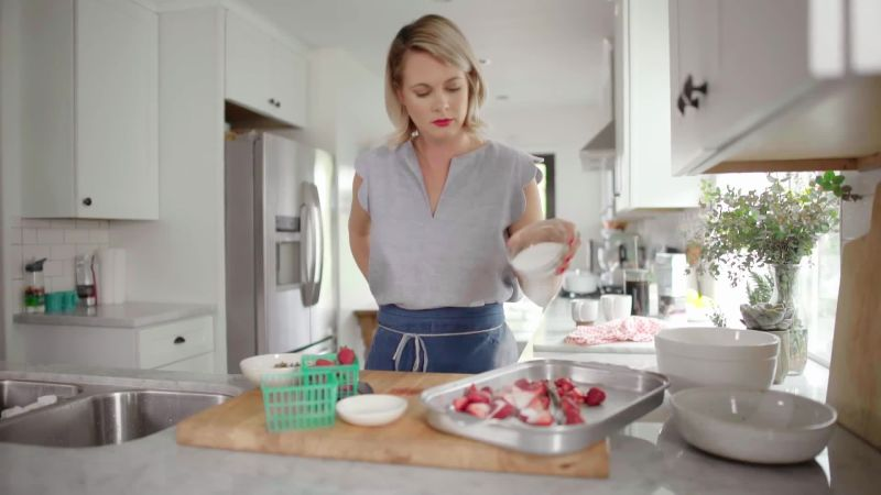 watch spring breakfast for two with alison roman bon