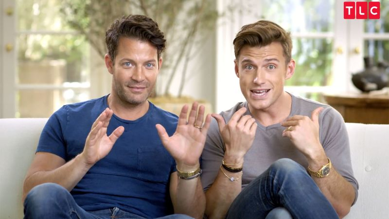 watch nate berkus and jeremiah brent by design. Black Bedroom Furniture Sets. Home Design Ideas