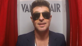 "Robin Thicke Talks About His Album ""Blurred Lines"""
