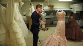 The Dresses of Charles James in Chicago