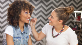 Applying Two-Tone Eyeshadow with Jenna Menard
