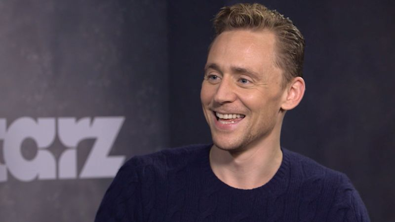 Watch Tom Hiddleston Re-enact a Famous Al Pacino-Robert De Niro Movie Scene . . . for De Niro