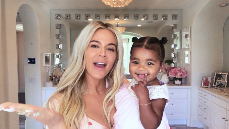 Khloé Kardashian on New-Mom Makeup, Expert Contouring, and the Meaning Behind Her Daughter's Name - Vogue