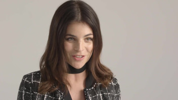 My True Story: Julia Restoin Roitfeld Explains That a Good Mom Is a Happy Mom