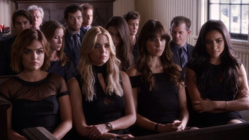 What to Wear to a Funeral, According to Pretty Little Liars' Costume Designer