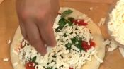 How to Make Italian Pizza Margherita, Part 2