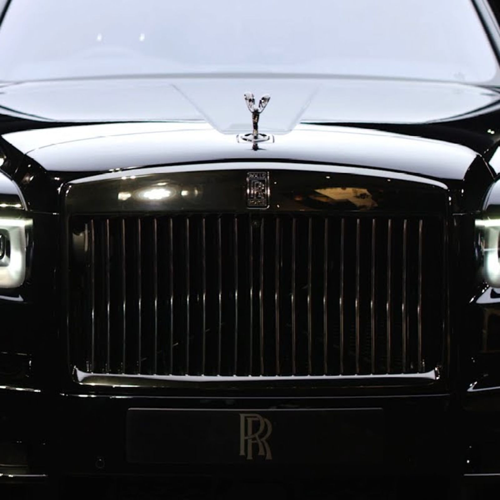A first look at the ultra-luxe Rolls-Royce Cullinan Black Badge