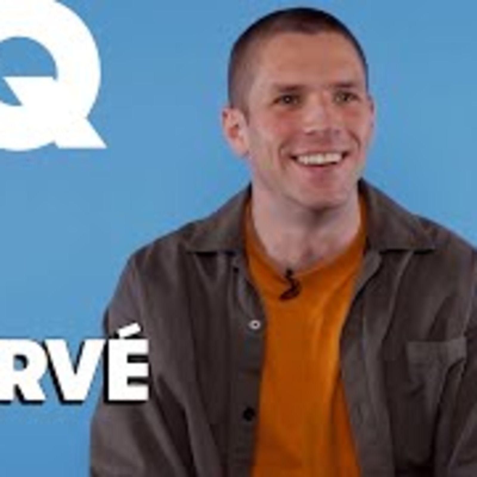 Hervé: le chanteur se livre sans filtre pour GQ   Sur Parole
