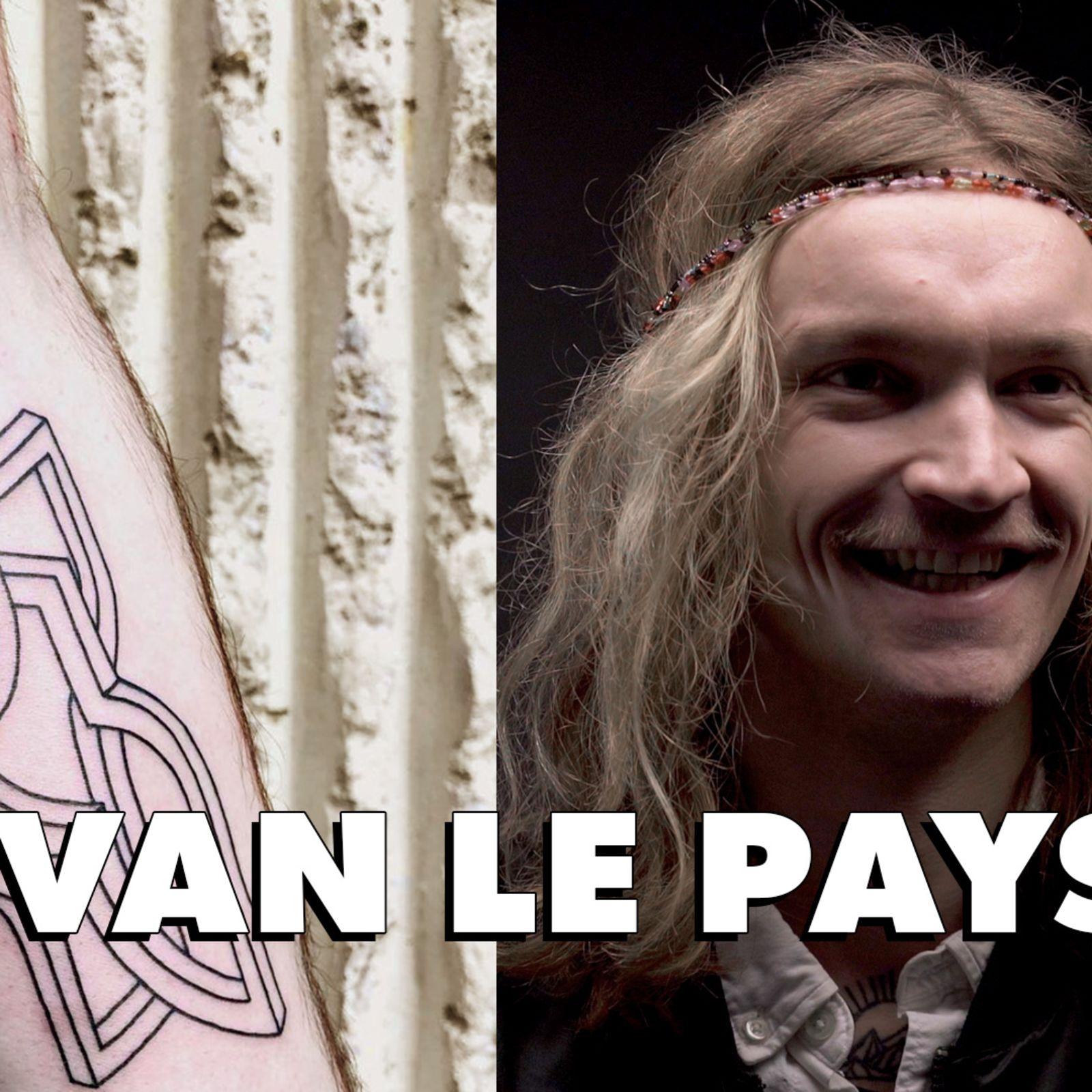 Ivan Le Pays, tatoueur reconnu pour sa reproduction de paysages, raconte le métier à GQ