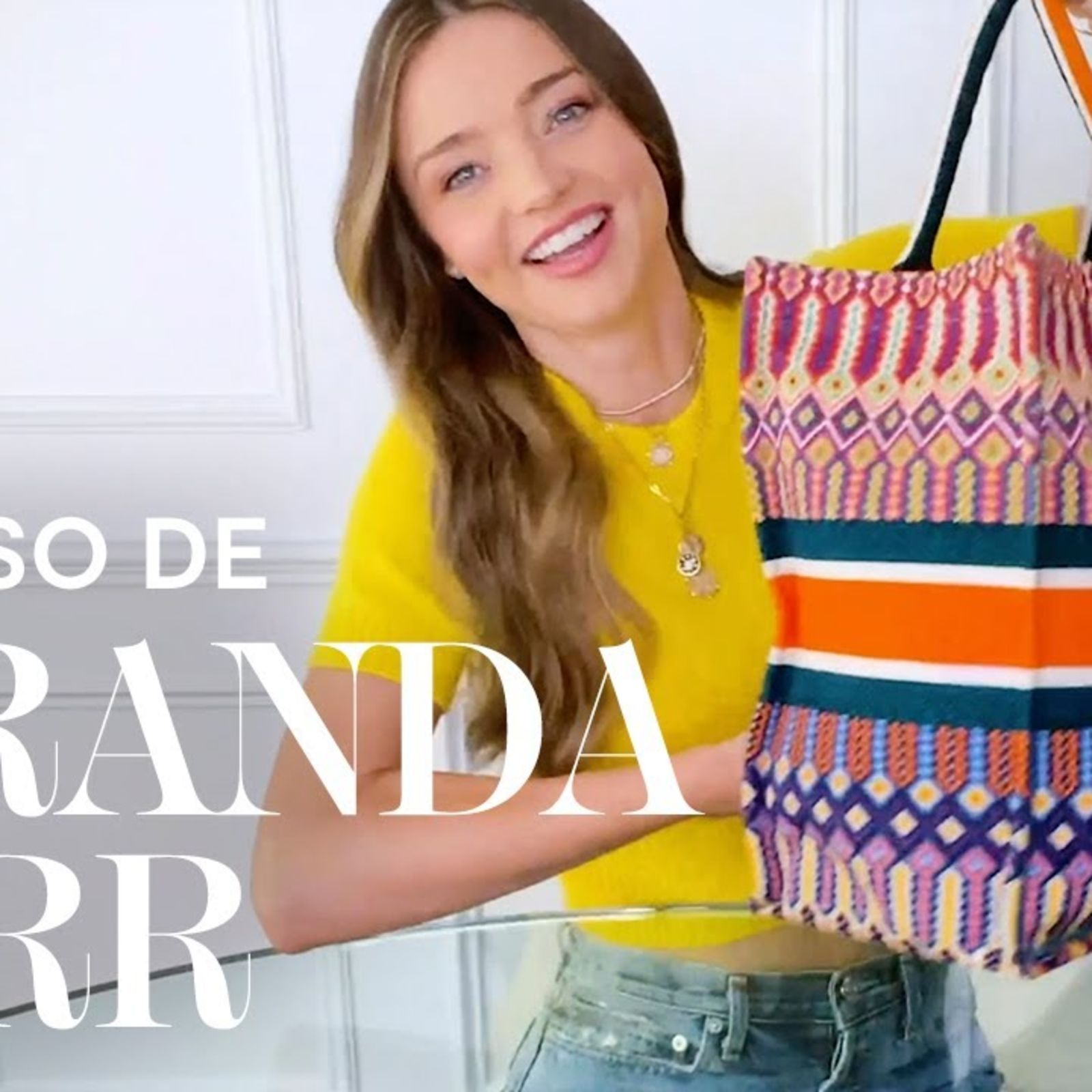 Qué lleva en su bolso Miranda Kerr | VOGUE España | VOGUE España
