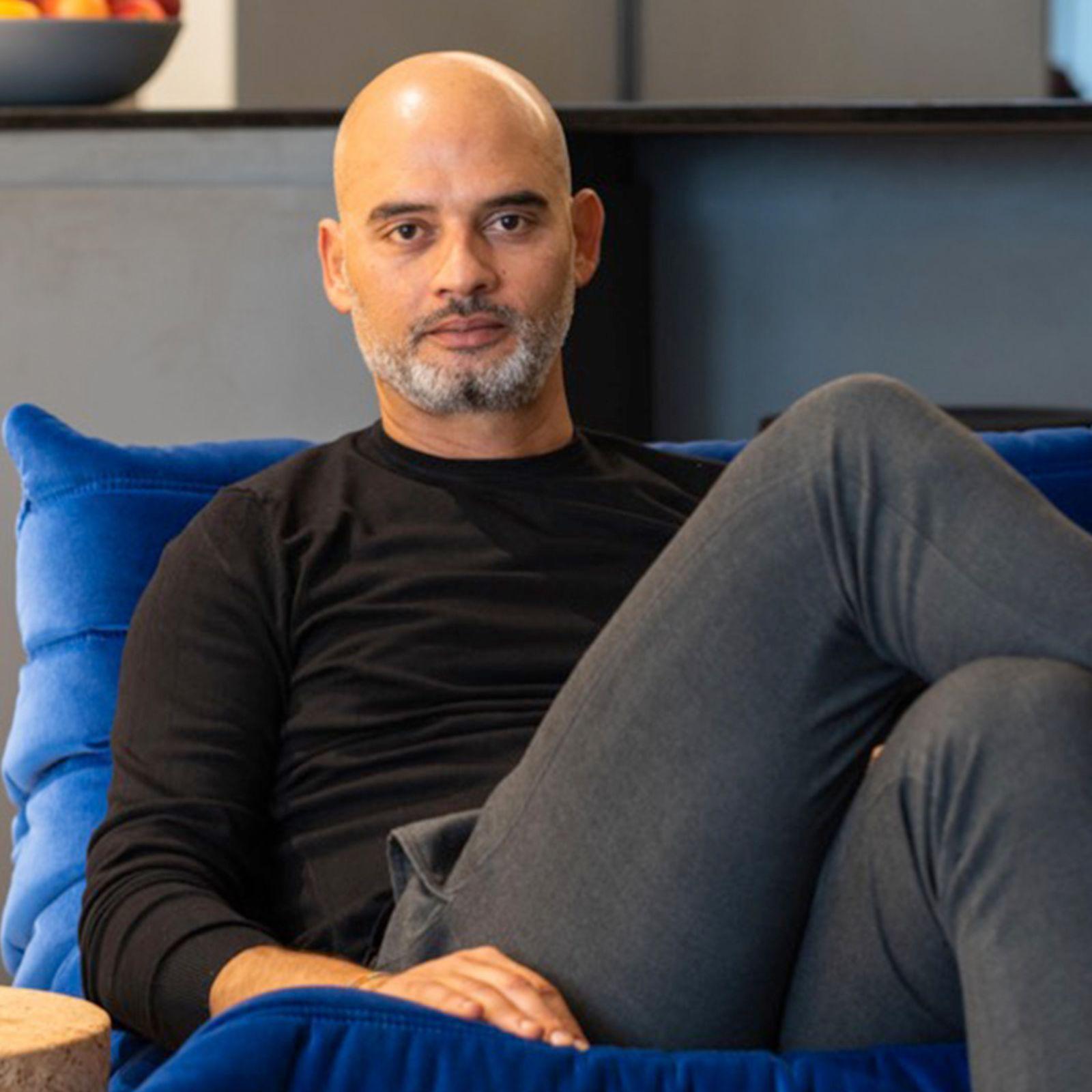 AndarPorCasa con el diseñador de interiores Keith Pillow