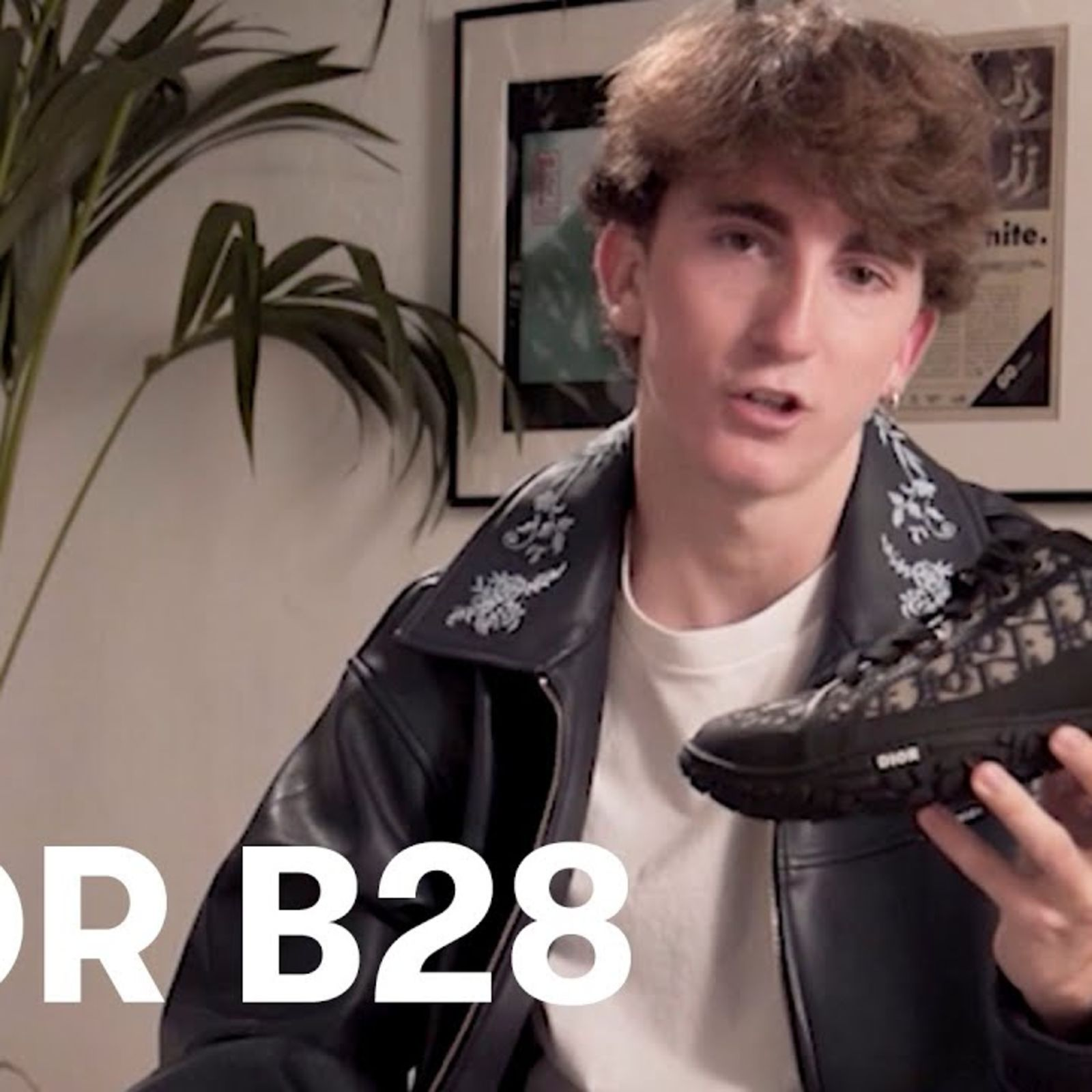 Las zapatillas Dior B28 | GQ Unboxing con Carlos Martín byCalitos