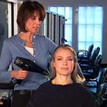 How to Give Yourself a Salon-Quality Blowout: Tips From Louis Licari Hairstylist Kim Lepine