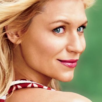 Claire Danes, the Ultimate Holiday Gift Guide and More Reasons to Check Out Glamour's January 2014 Issue
