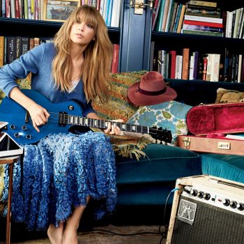 Taylor Swift on Feeling 22, and Living Life with No Regrets