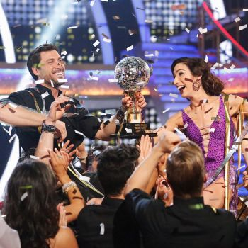 Behind the Scenes at the Dancing with the Stars Finale: Maks and Meryl Talk Dating Rumors, Derek Hough Shares his Kissing Trick and More!